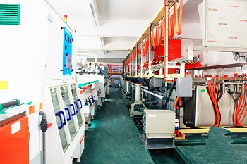 Fully automatic plating line